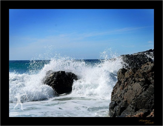 Gischt am einsamen Strand (Baja California)