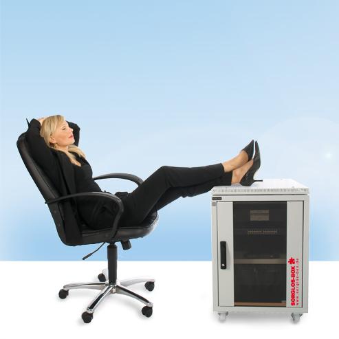 ger uschd mmung wie viel leiser wird ein serverschrank wirklich. Black Bedroom Furniture Sets. Home Design Ideas